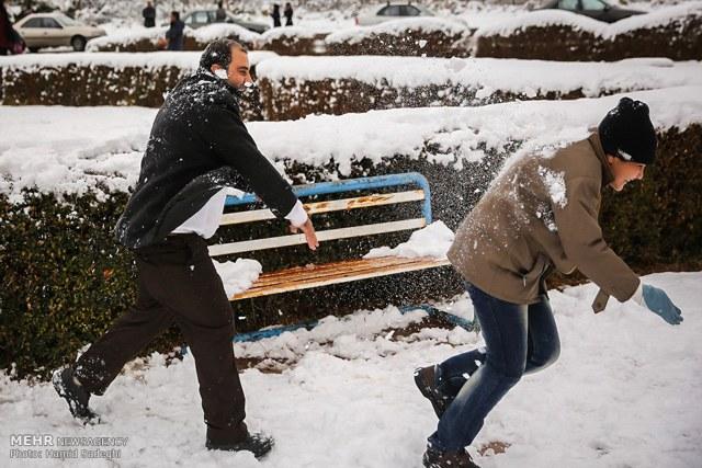 Gedicht schnee im buro frohe weihnachten in europa - Weihnachtsdeko buro ...